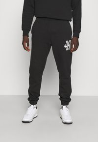Nike Sportswear - RETRO PANT - Träningsbyxor - black - 0