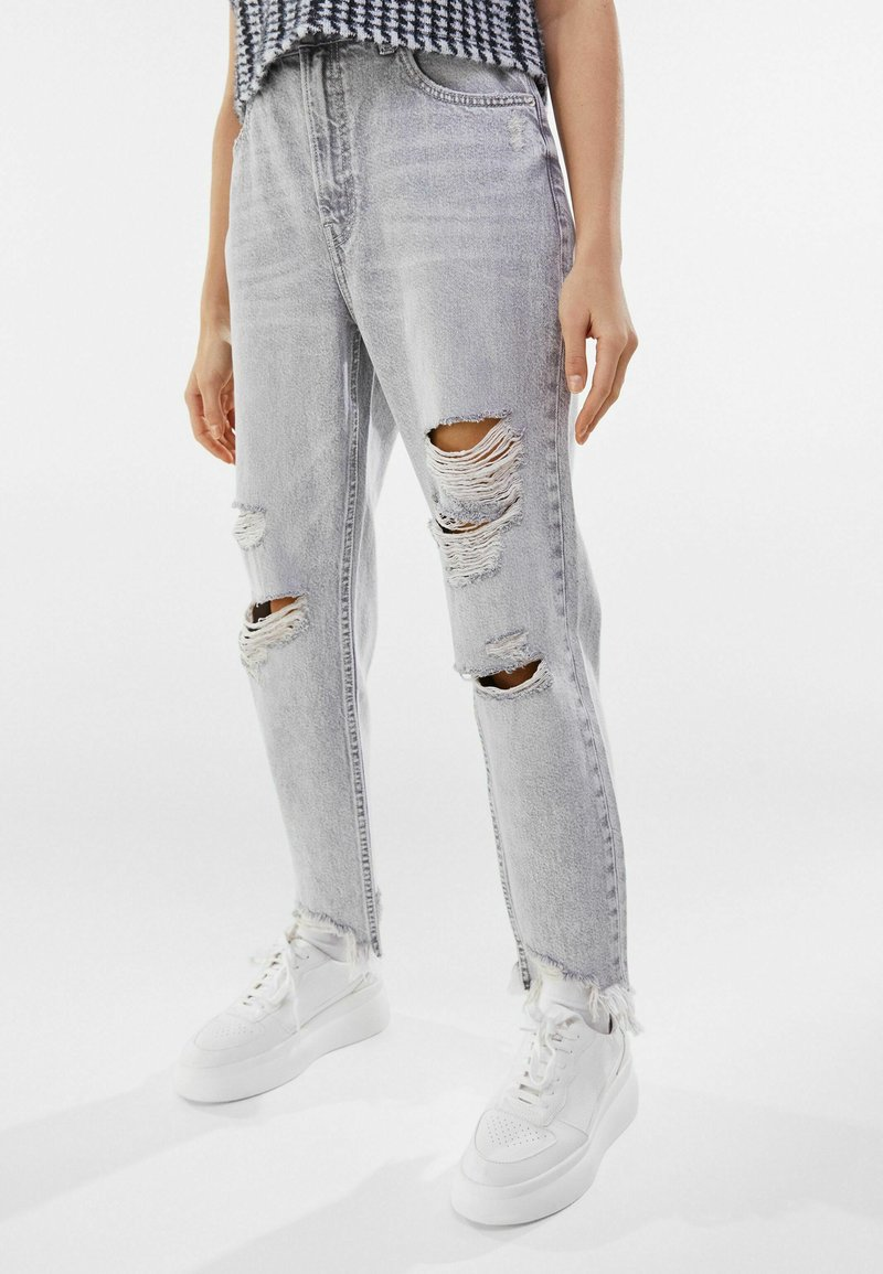 Bershka - Relaxed fit jeans - grey