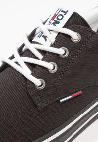 Tommy Jeans - Sneakers laag - black - 5