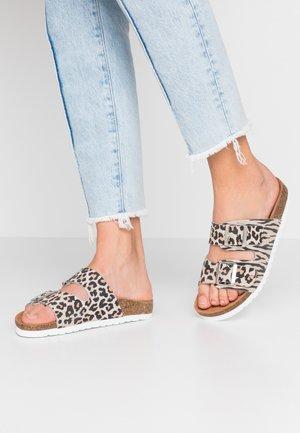 VMALDA  - Slippers - beige