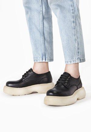 Chaussures à lacets - black blk