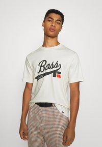 BOSS - BOSS X RUSSELL ATHLETIC - T-Shirt print - open white - 0