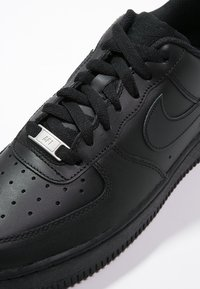 Nike Sportswear - AIR FORCE 1 '07 - Trainers - black - 5