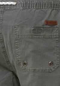 INDICODE JEANS - Shorts - dark grey - 4