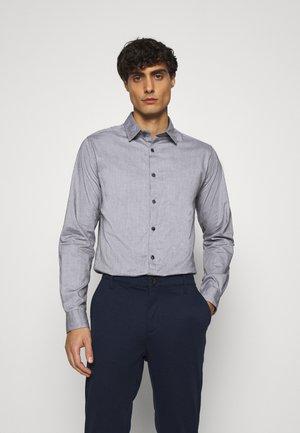 SOLID PINPOINT STRETCH - Košile - dark grey