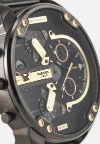 Diesel - MR. DADDY 2.0 - Chronograph watch - black - 4