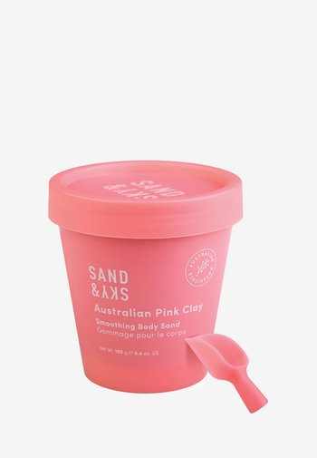 AUSTRALIAN PINK CLAY - SMOOTHING BODY SAND - Lichaamsscrub - -