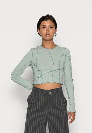 SIERRA CROP LONG SLEEVE - Long sleeved top - dusty green