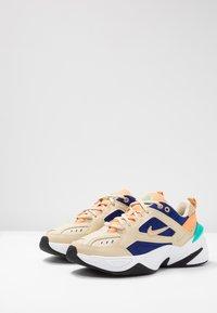 Nike Sportswear - M2K TEKNO - Trainers - desert ore/deep royal blue/fuel orange/hyper jade/black - 4