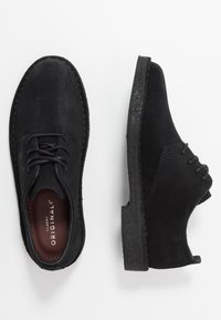 Clarks Originals - DESERT LONDON - Zapatos con cordones - black - 3