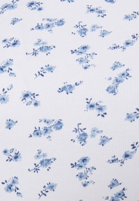 Hollister Co. - LETTUCE BABY TEE - T-shirts med print - white - 2