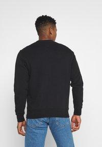 Tommy Jeans - TIMELESS CREW UNISEX - Sweatshirt - black - 2