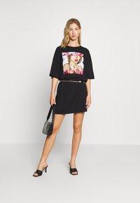 Even&Odd - Basic oversized T-Shirt Dress - Vestido ligero - black - 1