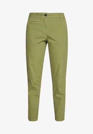 PANTS FIT MEDIUM RAISE - Chino kalhoty - seaweed green