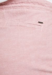 Esprit - Shorts - dark old pink - 5