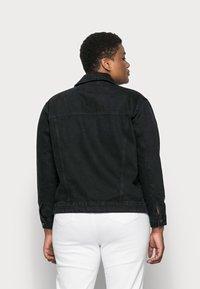 Vero Moda Curve - VMKATRINA JACKET - Denim jacket - black - 2