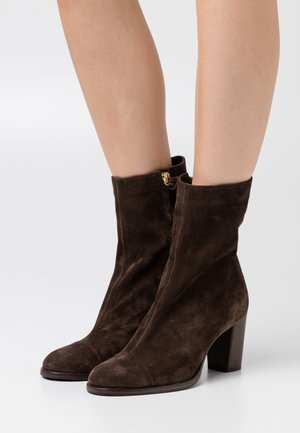 ROSEMARY - Classic ankle boots - cold hazel