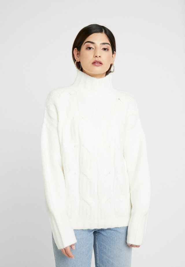 FUNNEL NECK JUMPER - Pullover - off white