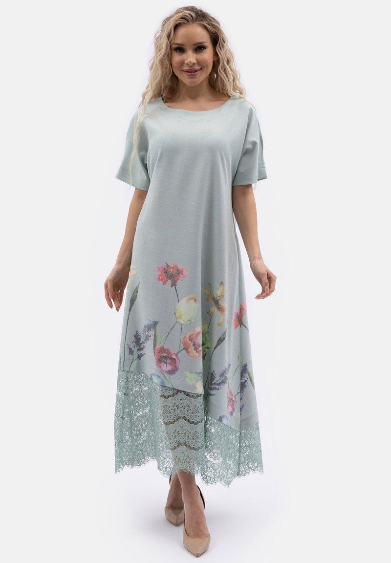 Wisell - MIT SPITZENEINSÄTZEN UND ÄRMELSCHLITZEN - Maxi dress - grau