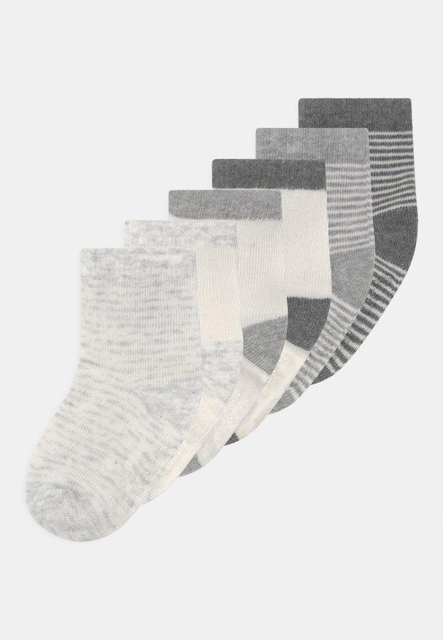 NEUTRAL 6 PACK - Sokken - grey
