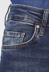 Mustang - SISSY STRAIGHT - Straight leg jeans - dark scratched used - 3