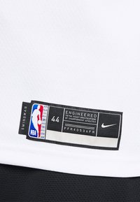 Nike Performance - NBA BROOKLYN KYRIE IRVING SWINGMAN - Article de supporter - white - 4