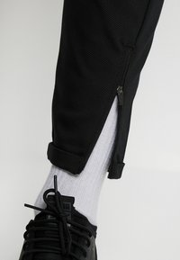 Gabba - PISA Small Dot - Trousers - black - 3