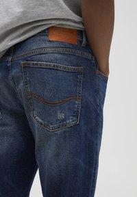 PULL&BEAR - Slim fit jeans - blue - 4