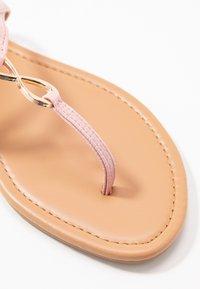 New Look - HOOPER - Flip Flops - light pink - 6