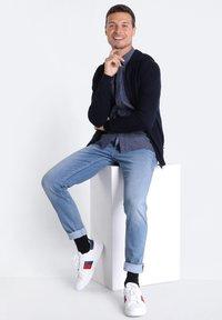 BONOBO Jeans - MIT 5 TASCHEN - Jeans slim fit - denim used - 1