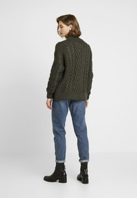 Superdry - DALLAS CHUNKY CABLE - Jumper - army khaki - 2