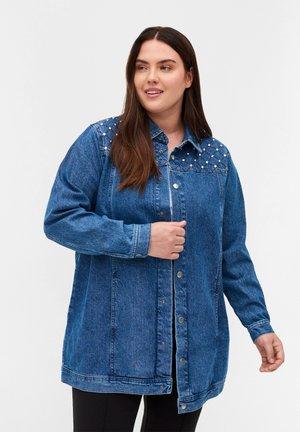 MIT NIETEN - Denim jacket - blue denim ass