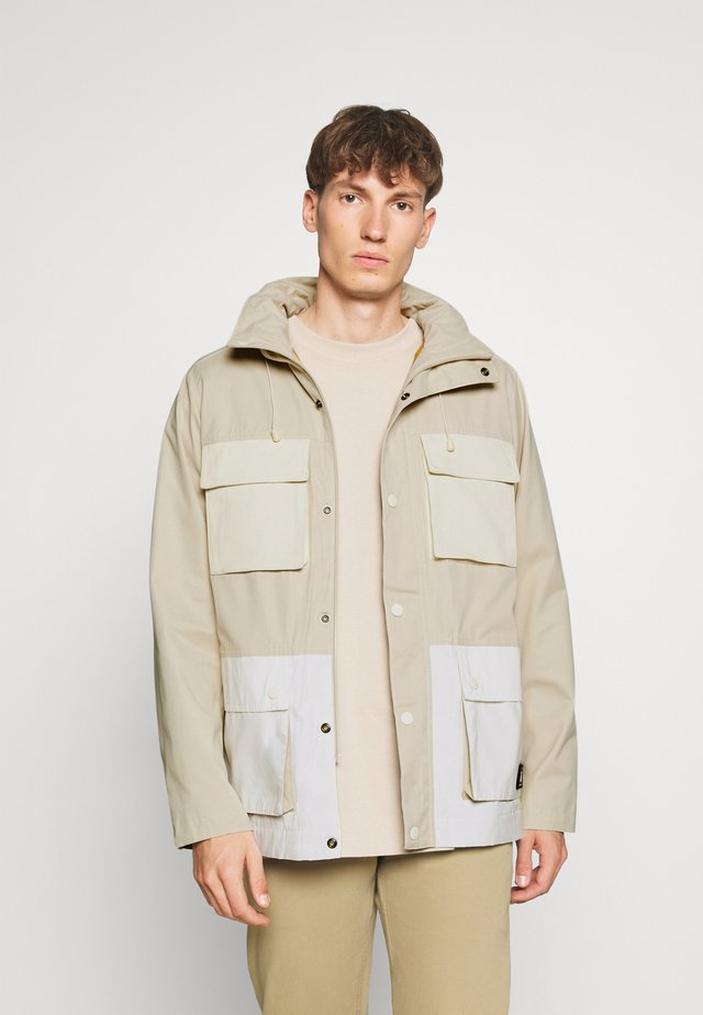 POCKET MILITARY JACKET - Parka - beige