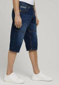 TOM TAILOR - MORRIS  - Denim shorts - mid stone wash denim - 3