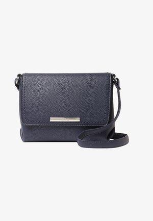 LOU FLAPBAG - Across body bag - blue