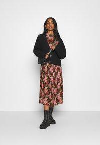 NA-KD - MIDI DRESS - Day dress - rose - 1