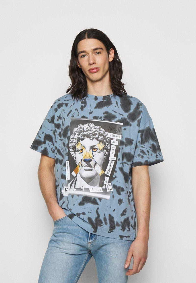 Versace Jeans Couture - TINTO - Print T-shirt - blue