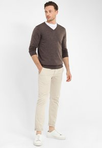 PROFUOMO - Jumper - brown - 1