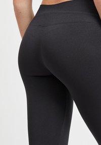 Vila - 2PACK - Leggings - Trousers - black - 2