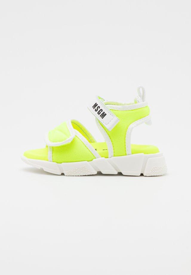 UNISEX - Sandalen - neon yellow