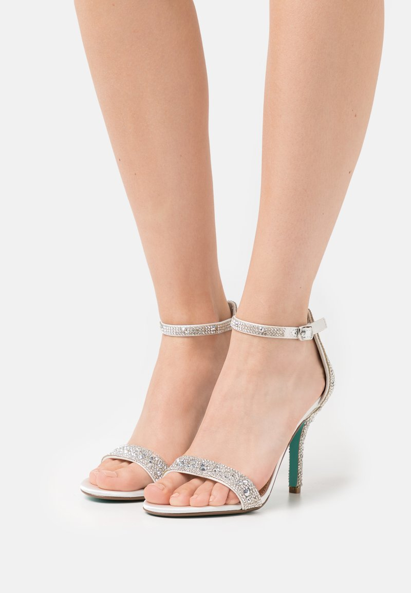 Blue by Betsey Johnson - SCAR - High heeled sandals - ivory