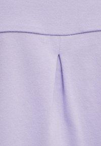 Hummel - Print T-shirt - pastel lilac - 4