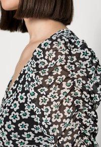 Fabienne Chapot - MARIE DRESS - Shift dress - black/emerald - 4
