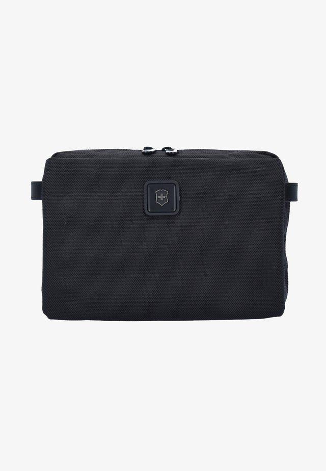 LEXICON 2.0 PARCEL - Wash bag - black