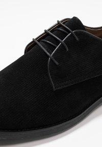 Topman - SPARK - Smart lace-ups - black - 5