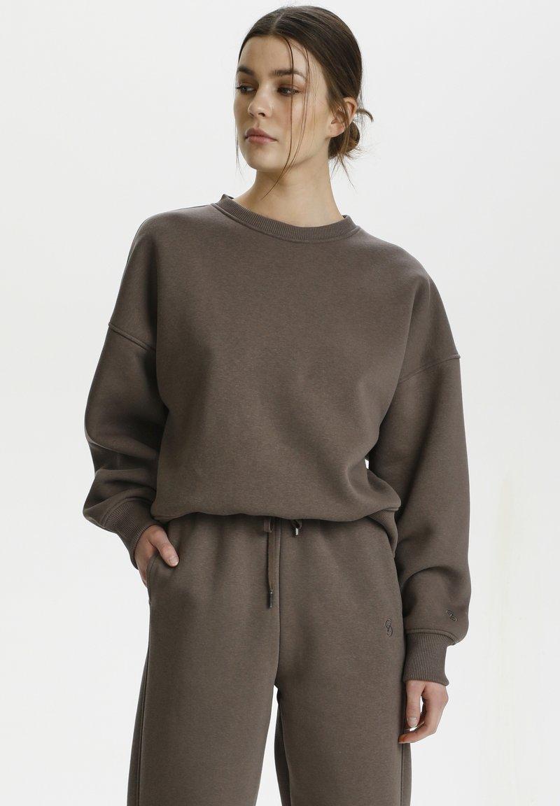 Gestuz - RUBI - Sweatshirt - brown