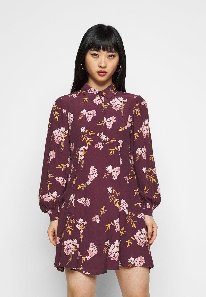 Vero Moda Petite - VMRIBINA DRESS - Shirt dress - fig