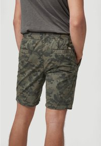 O'Neill - Shorts - olive leaves - 2