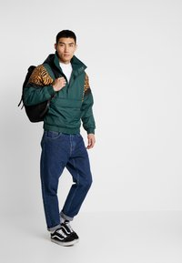 Urban Classics - ANIMAL MIXED JACKET - Windbreaker - bottlegreen - 1