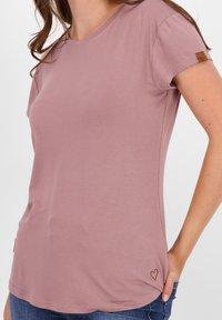 alife & kickin - Basic T-shirt - plum - 4